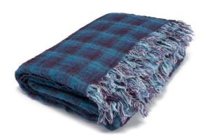 Blue checked double sided linen blanket with fringes. Manufacturer: AB Siulas. Made in Europe