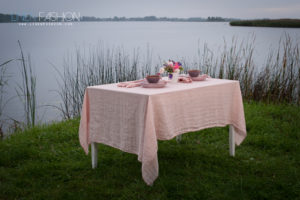 Pink washed linen tablecloth - Linen Fashion by Siulas