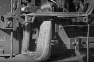 How is linen fabric made? Flax yarns spinning - Heckling process - AB Siulas - Linen made in Europe - Linen made in Lithuania