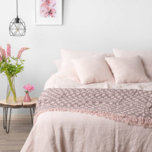 Soft Pink Linen Bedding. Pink linen pillowcase, Pink linen duvet cover. Linen fitted sheet / flat sheet. Manufacturer: AB 'Siulas', Lithuania