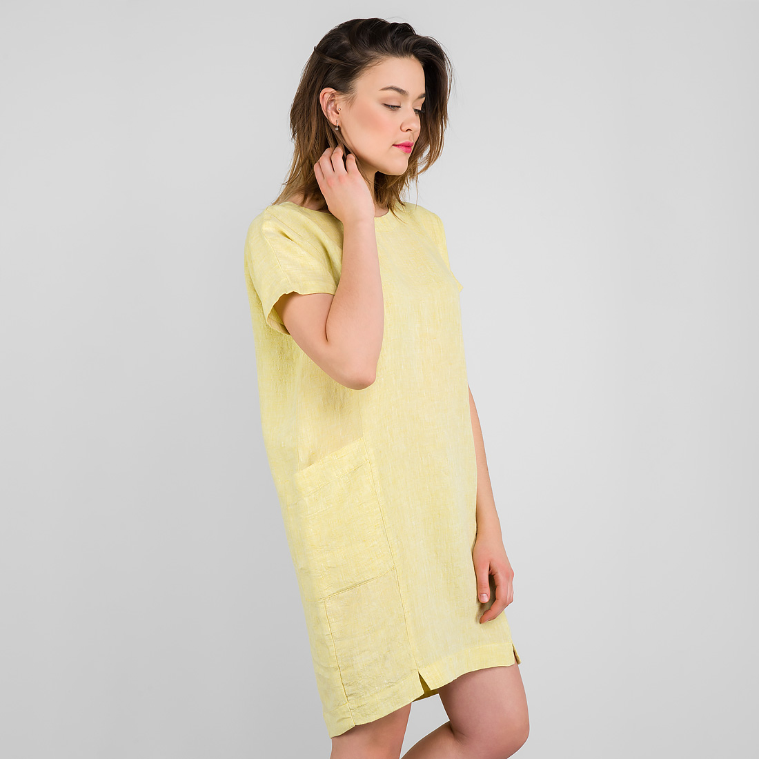 "Short yellow linen dress, short sleeves, with pockets. Manufacturer: AB ""Siulas"", Lithuania"