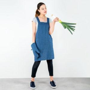 """Blue linen apron. Manufacturer: AB """"Siulas"""", Lithuania"""